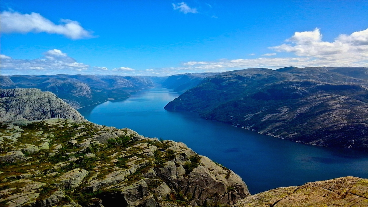 Norway                                    in 6 interesting facts and 6 photos