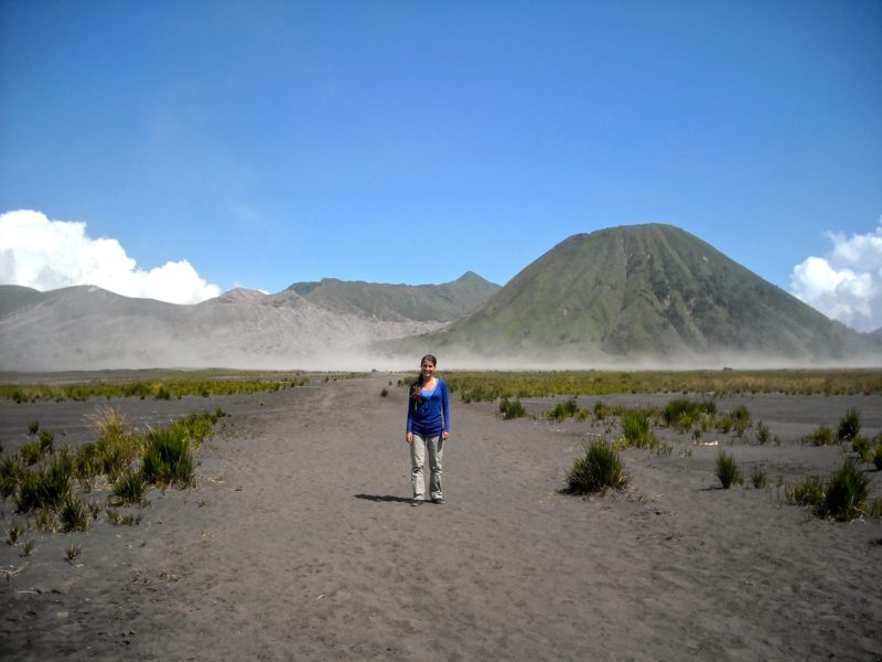 Kawah Ijen & Mount Bromo: 2 spectacular active volcanoes in Indonesia you must climb